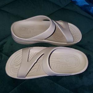 DAWGS Z Strap Sandals / Slides Light Tan Color 6